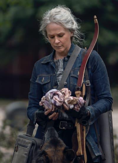 Carol trouve quelque chose - The Walking Dead saison 10 épisode 21
