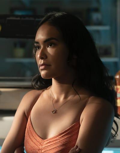 Gaby dans la boutique - Mayans MC Saison 3 Episode 5