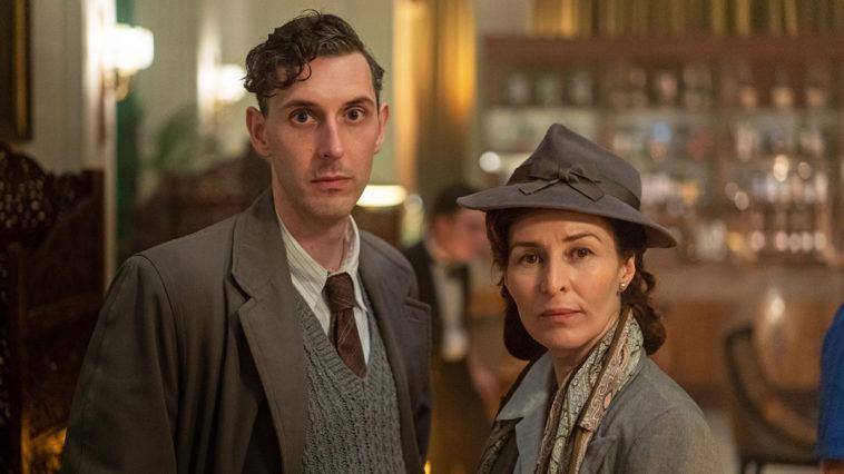 Agatha Christie, la reine du crime présente les meurtres de minuit